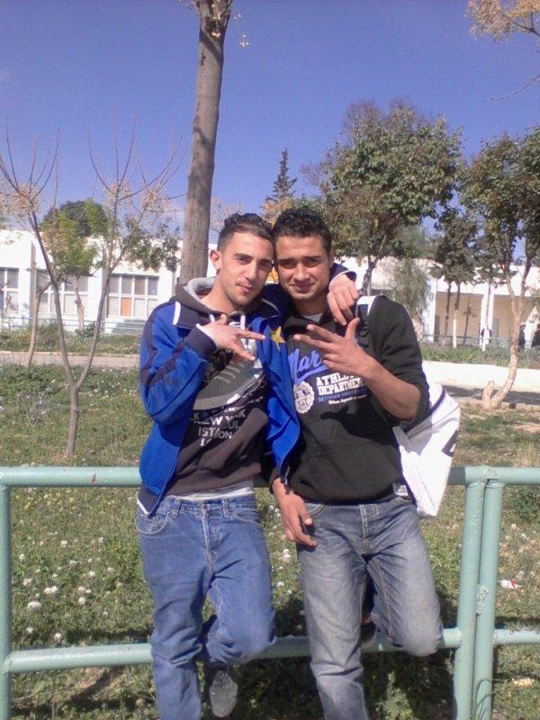 Walid-Acheli Fugitif Et Djoual Souhil