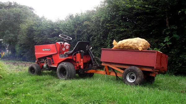 Arrachage pommes de terres 2014 encours...!