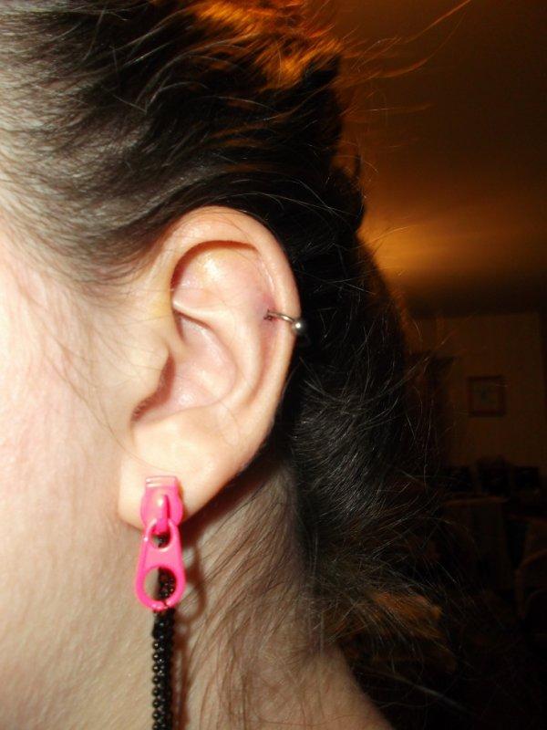 YOCHE TOUT LE MODE !!!! mon premier piercing ^^