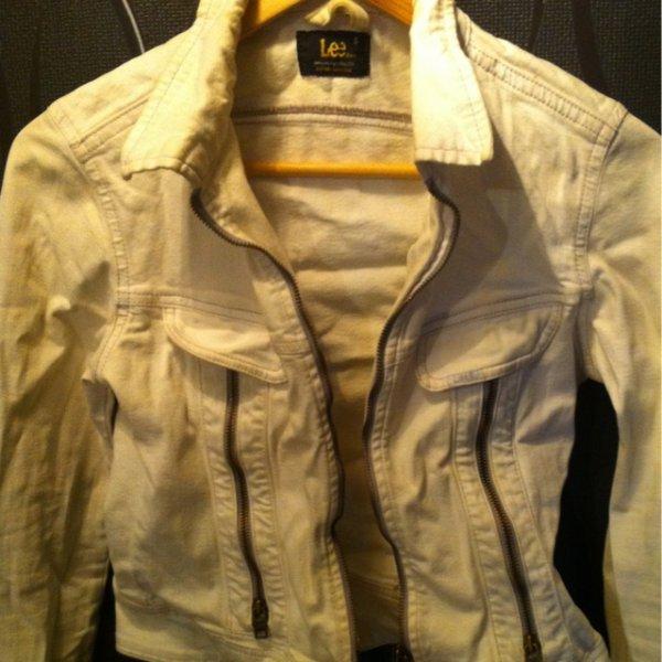 veste Lee cooper blanche t.36 25&