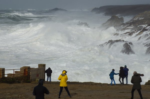 Belle tempête ce samedi avec des pointes de 140 km/h...