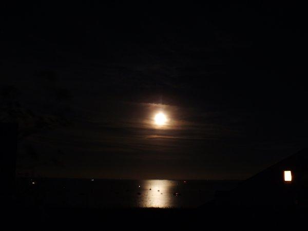 Lumière de nuit à Houat sur la grande plage