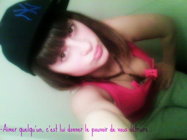 -Aimer quelqu'un, C'st lui donner le pouvoir de vous détruire..♥