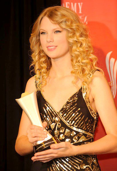 2) Académie of Country Music Awards 2009