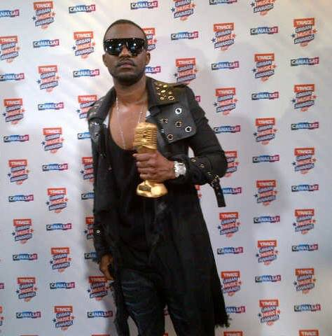 Fally Ipupa meilleur artiste africain au Trace Awards 2013/ Fally Ipupa wins the category best african male 2013 at the Trace Awards