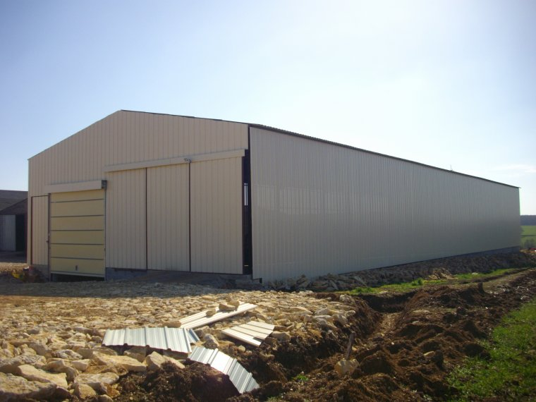 construction hangar
