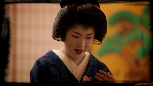 Geisha et maiko.