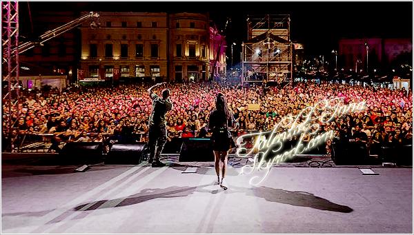 """▬ Concert ---------------------- • Le """"13 """"septembre, INNA """"était """"à """"la """"Piața """"George Enescu (célèbre place en Roumanie) """"à """"Bucarest. """"Elle """"a """"donné """"un """"show """"lors """"d'un """"événement connu en """"Roumanie """"organisé """"par"""" """"Aprinde Magenta"""". """"C'est """"un """"événement """"durant lequel """"plusieurs """"artistes """"roumains """"performent. INNA y a chanté """"ses derniers singles dont """"Striga!"""" avec Puya. Elle portait une tenue noire très mignonne ♥ • ---------------------- (♥) l'article pour être prévenu du prochain !"""