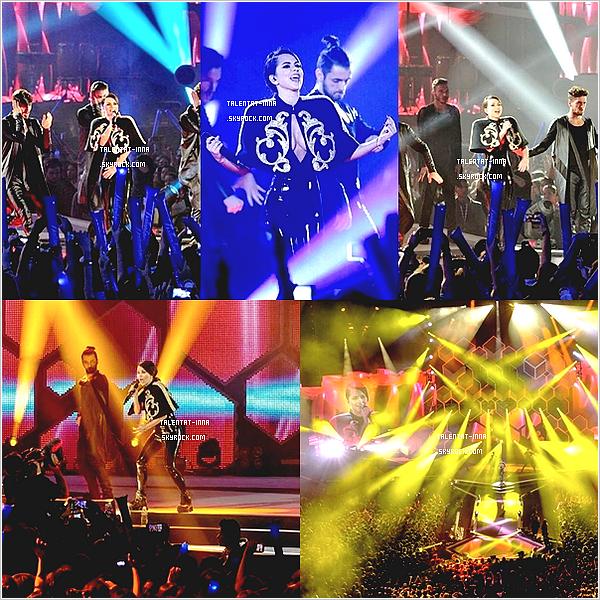 """▬ 40 Principales Ballantine's ---------------------- • Le 13 """"décembre INNA"""" s'est rendue à Madrid en Espagne pour  l'événement """"des 40' Principales Ballantine's. Y étaient  également présents des artistes comme Birdy, les One Direction"""" ainsi que """"des artistes """"espagnols. INNA """"a' interprété sur un medley 'exceptionnel ses titres """"Good Time"""", """"Sun Is Up"""", """"Diggy """"Down"""" et """"Cola Song"""". Elle """"également """"remporté"""" un prix disque de Platine pour son single """"Cola Song"""" en Espagne. Quant à sa tenue de scène, je ne suis pas trop fan mis à part la combi en """"revanche je """"déteste les"""" chaussures"""" qu'elle met """"partout... sa"""" tenue"""" de Backstage et """"red carpet était' quant à elle plutôt originale, """"j'aime"""" bien. Elle """"a """"également"""" rencontré"""""""" Birdy ♥• ---------------------- (♥) l'article pour être prévenu du prochain !"""