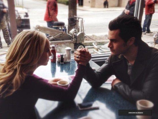 """The Vampire Diaries Saison 5 : Episode 16, critique et résumé de """"While Your Were Sleeping"""" ainsi que les photos de l'épisode et du tournage!"""
