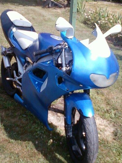 A enfin , ma 1ère moto ! en juillet 2010