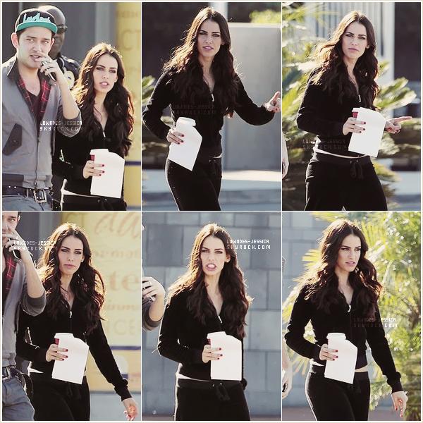 || 06.11.2012 ♦ Jessica a été vue sur le set de 90210.
