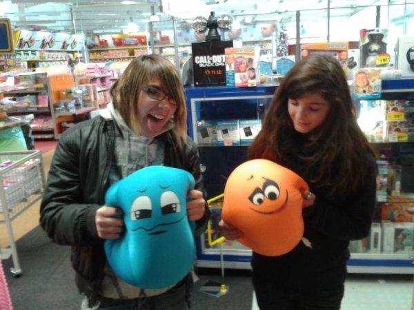 Océane et moi au magasin de jouet