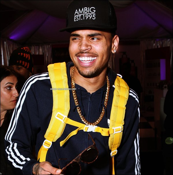 Chris Brown repérer dans West Hollywood partant en studio le 10/02/2012 (j'adore les shoes by Jeremy Scott)