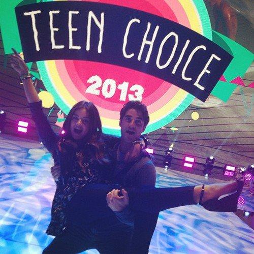 Teen choice awards and Chris Colfer
