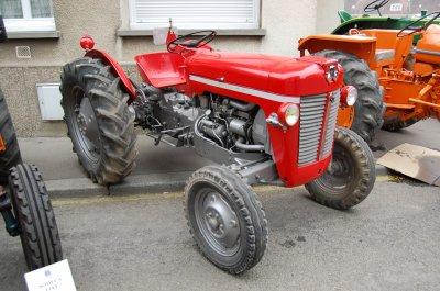 rassemblement de tracteurs anciens gournay en bray le 31 mars 2012 autos anciennes par mikeoise. Black Bedroom Furniture Sets. Home Design Ideas