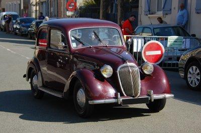 Rassemblement de véhicules anciens à Avrigny le 6 mai 2018