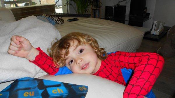 Adrien mon amour de petit cousin (l)
