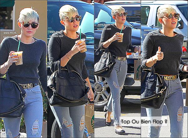 24/10/12 : Miley Ray Cyrus et Son Chéri  Liam ont été s'acheter des Starbuck Cofee dans LA. + 26/10/12 : Miley s'est rendue, seule, dans un studio d'enregistrement de Burbank  (CA) Alors Top Ou Bien Un Flop ?
