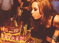 SPECIAL | Happy Birthday DEMI ♥