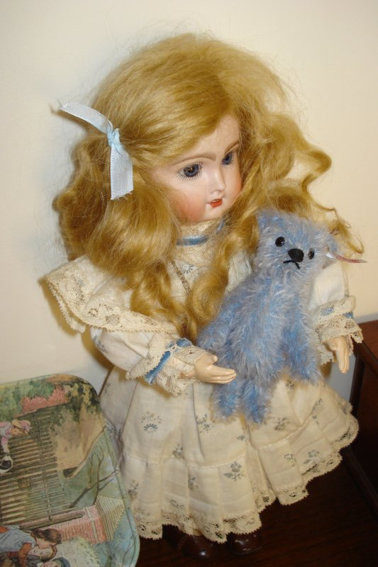 Petit ours bleu.....