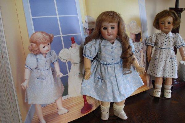 Quelques robes pour Bleuette....
