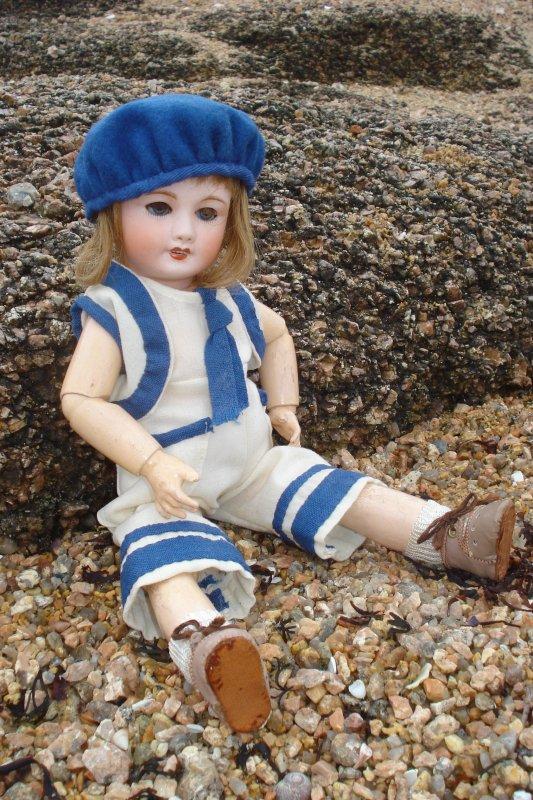 Les Bleuettes à la mer .....