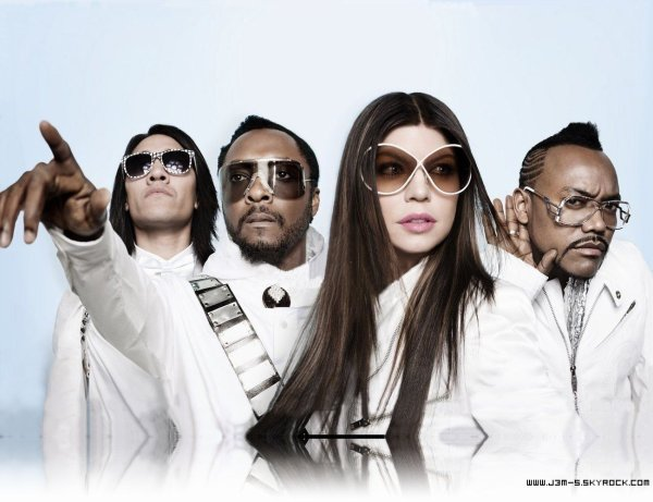 Zoom sur un groupe..THE BLACK EYED PEAS..