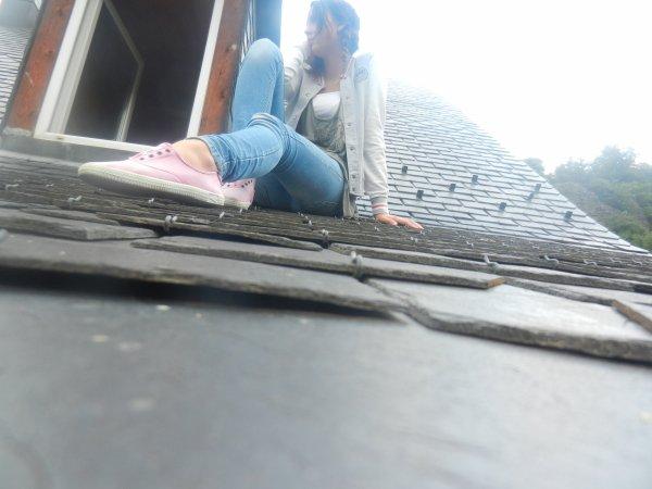 Je pourrais si facilement sauter de ce toit...