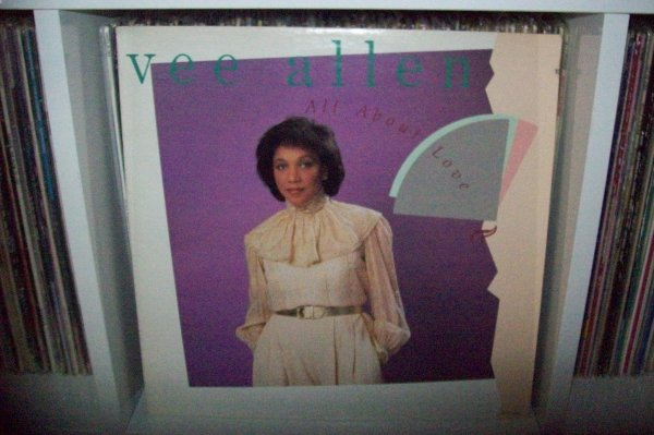 VEE ALLEN - Love Don't Wait 1983 MCA Records