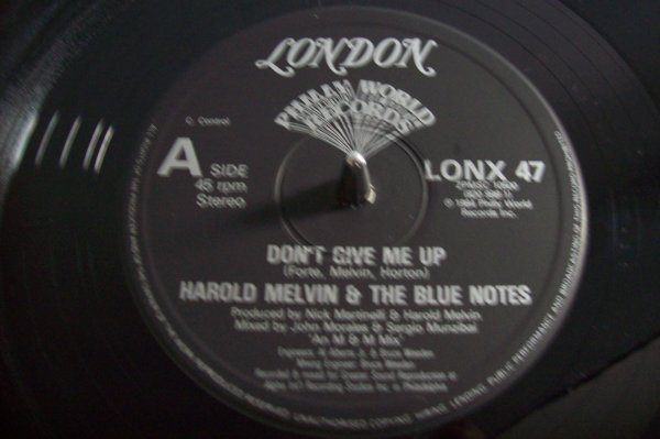 Harold MELVIN & The Blue Notes - Don' t Give Me Up  1984  LONDON