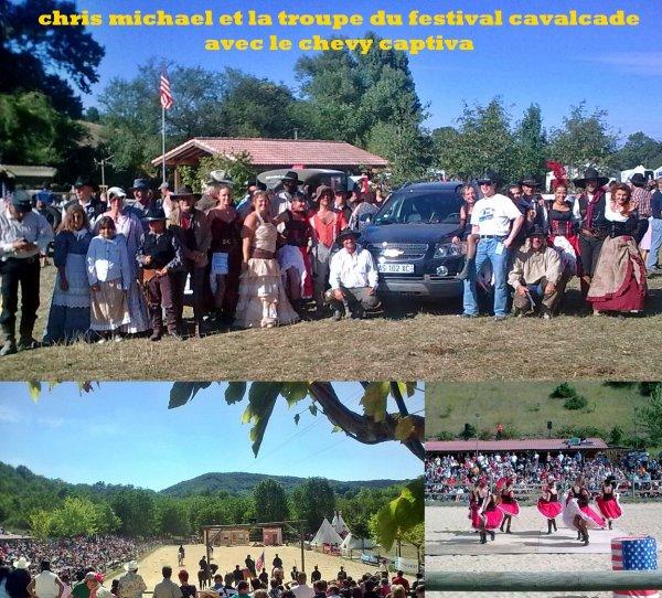 CHRIS MICHAEL AVEC LA TROUPE DU FESTIVAL CAVALCADE 2010 !