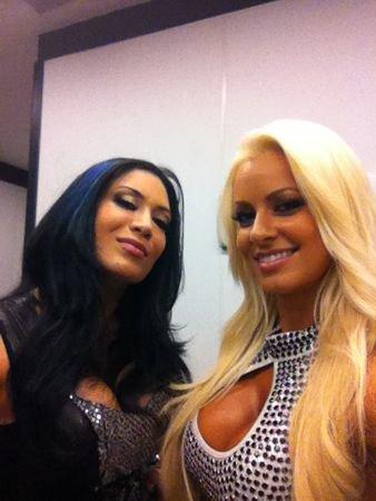Melina & Maryse