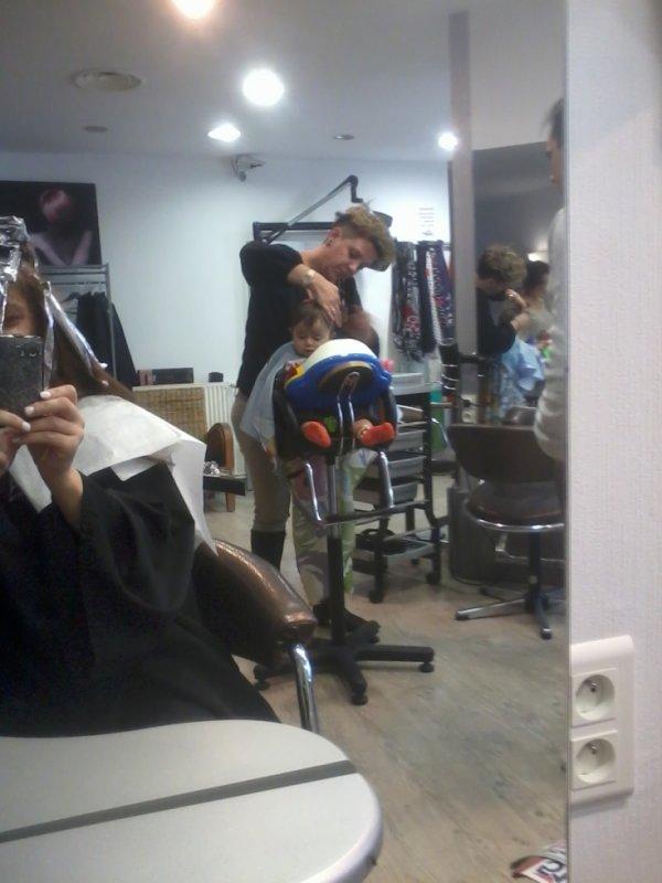 Mon amour au coiffeur avec maman :)