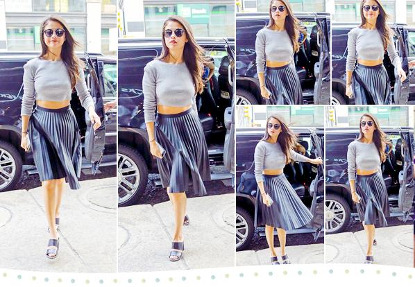 Selgomes Selena toute en noir !  18th of august of 2015 | Calabasas Selgomes