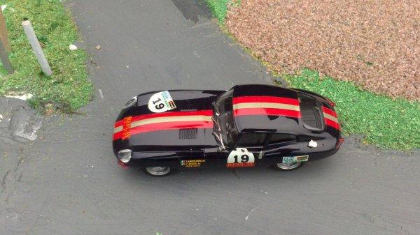Jaguar  type e 1/43