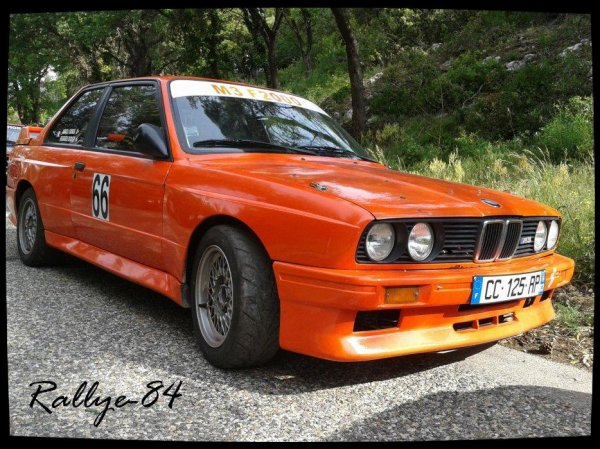 mont e historique de murs 2012 bmw 2oo2 m3 1oo rallye. Black Bedroom Furniture Sets. Home Design Ideas