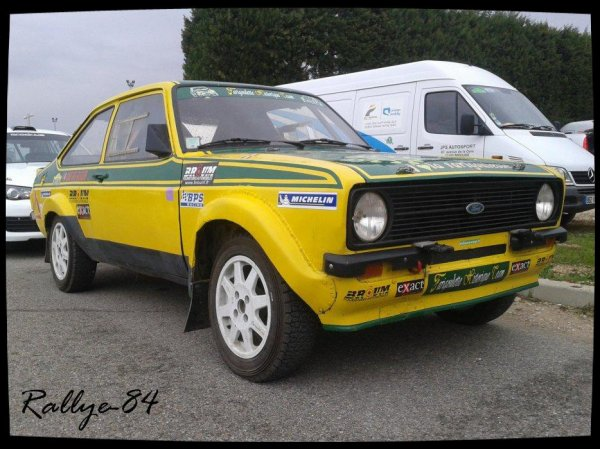 Rallye Terre de Vaucluse 2012 - Ford Ecort Rs