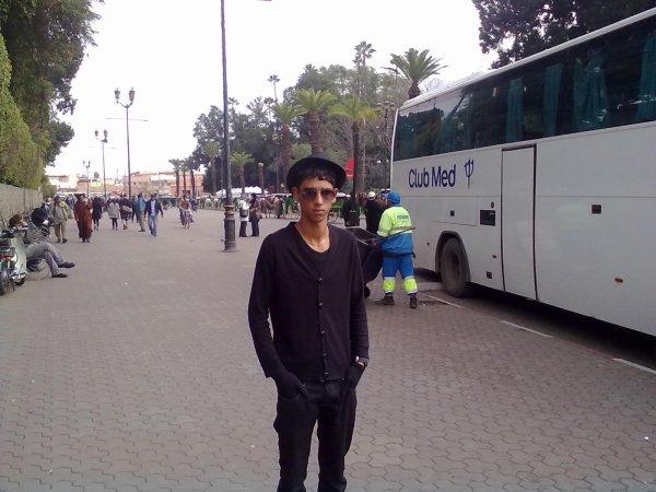 A marrakech  ( jam3 lfnà )
