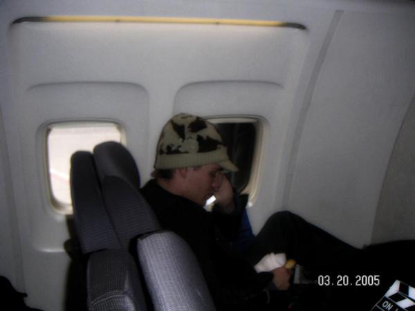 • Fan Photo ►  Le 20 Mai 2005 - Dans un avion