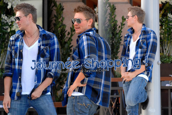 • Candids ►  Le 04 Février 2009 - Shopping A Beverly Hills