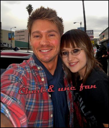 • Photos Avec Les Fans ►  Le 13 Novembre 2011 - Avec Sarah M.