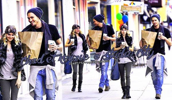 • Candids ►  Le 03 Février 2012 - Avec Kenzie Dans Studio City