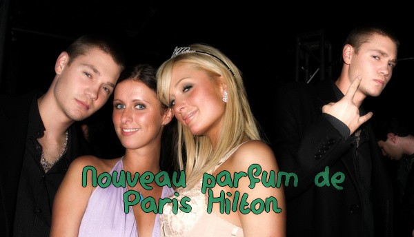• Apparitions ►  Le 12 Mai 2004 - Nouveau Parfum de Paris Hilton