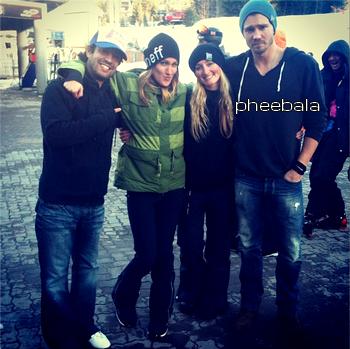 • Photos Avec Les Fans ►  Le 16 Février 2013 - Chad Dans Une Station De Ski