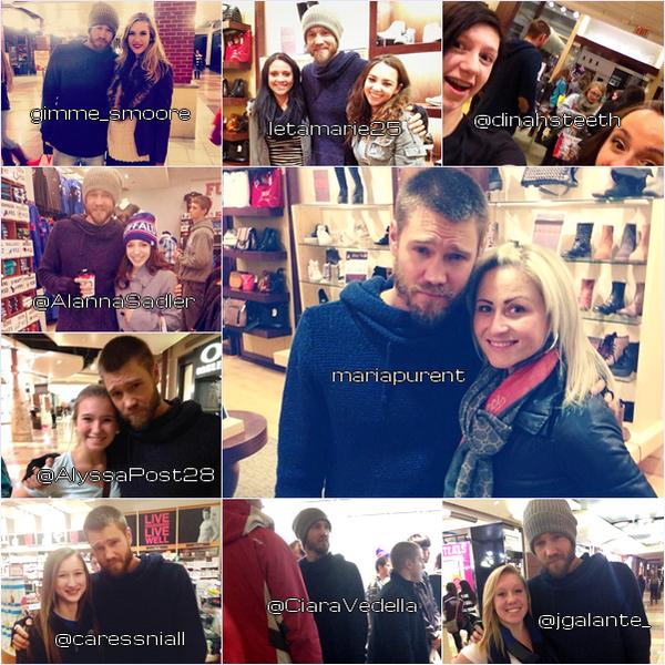 • Candids ►  Le 28 Novembre 2013 - Chad Et Pleins de Fans Dans Un Centre Commercial