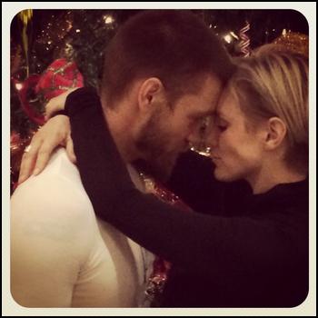 • Instagram ►  Le 12 Janvier 2014 - Chad Poste Une Photo Avec Sa Chérie