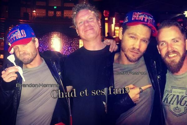 • Photos Avec Les Fans + Instagram ►  Le 24 Mars 2014 - Chad Se Trouve A Disneyland