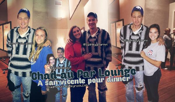• Photos Avec Les Fans ►  Le 13 Novembre 2014 - Avec Des Fans à San Diego