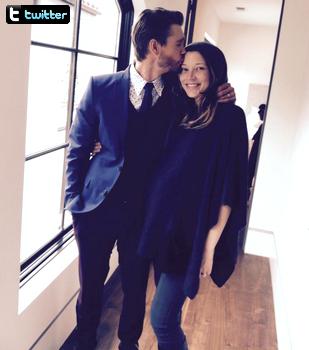 • Twitter ►  Le 23 Mars 2015 - Photo Avec Sa Femme